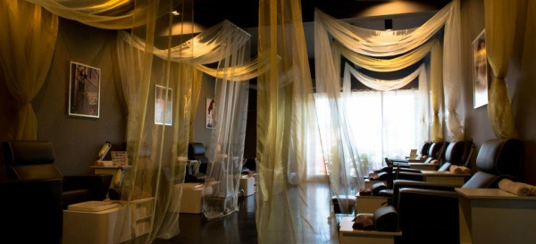 Check out the lovely and calming atmosphere at Amante's